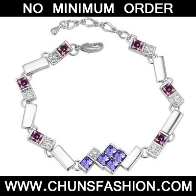 Pinkish Purple Diamond Geometrical Shape Crystal