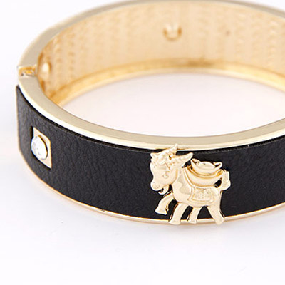 Black Sheep Shape Bangle
