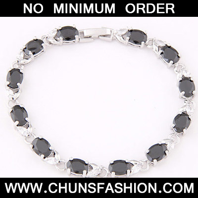 Black Oval Shape Zircon Bracelet