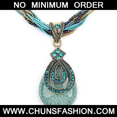 Blue Diamond Waterdrop Pendant Necklace