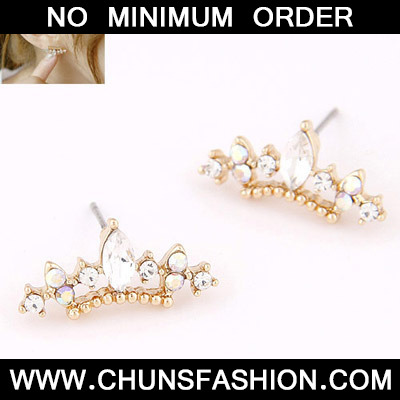 White Diamond Crown Shape Stud Earring