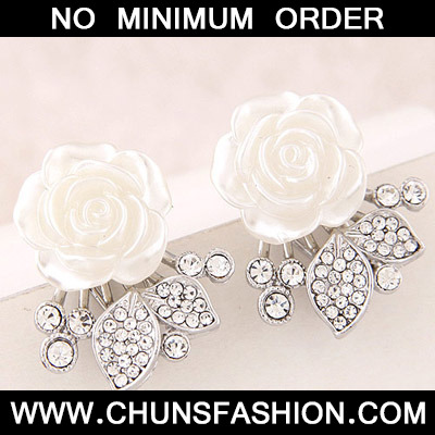 White Diamond Flower Stud Earring