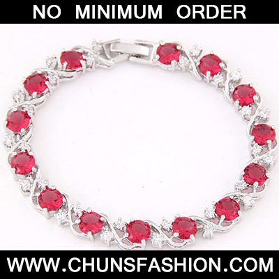 Plum Red Diamond Zircon Bracelet