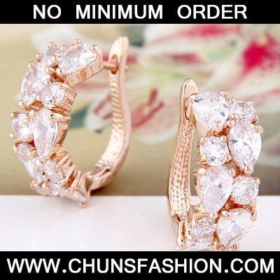 Gold Geometrical Shape Zircon Stud Earring