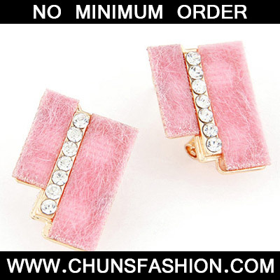 Pink Diamond Geometrical Shape Stud Earring