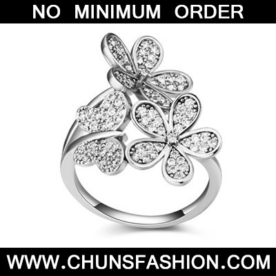 White Diamond Butterfly Shape Zircon Crystal