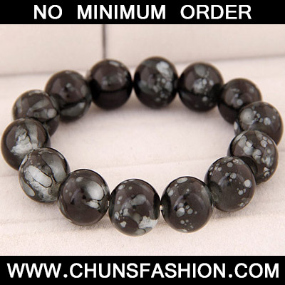 Black Beads Glass Bracele