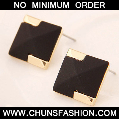 Black Square Shape Stud Earring