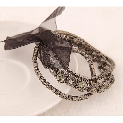 Gray Diamond Bowknot Shape Bracele