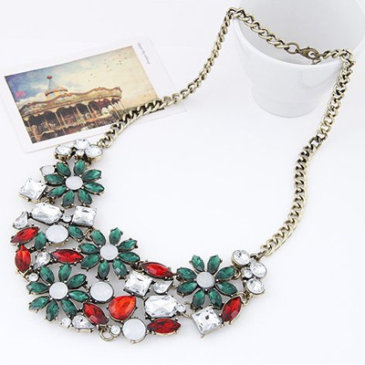 Red & Green Flower Necklace