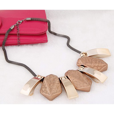 Brown Geometrical Shape Necklace