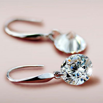 White Diamond Cuprum Earring