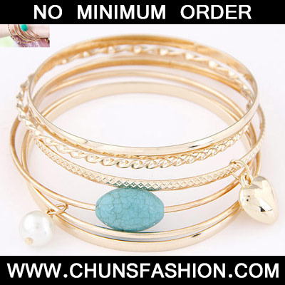 Gold Heart Shape Multilayer Bangle
