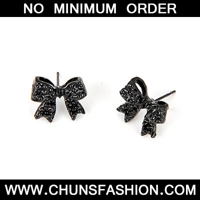 Black Bow Tie Charm Earring