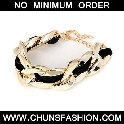 Gold Thick Chain Bracele
