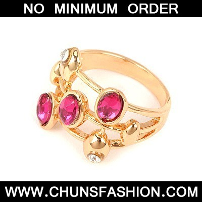 Plum Red Three Gemstones Ring