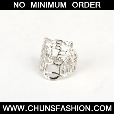 Silver Good Quality Hollow Out Tiger