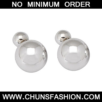 silver round shape acrylic Stud Earring