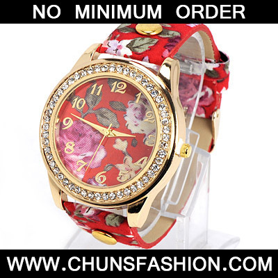 Red Rose Pattern Ladies Watch