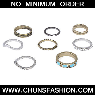 Blue Diamond Geometrical Pattern Rings 8pcs