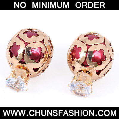 Red Diamond Hollow Out Stud Earring