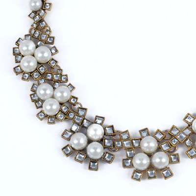 White Pearl Geometrical Shape Necklace