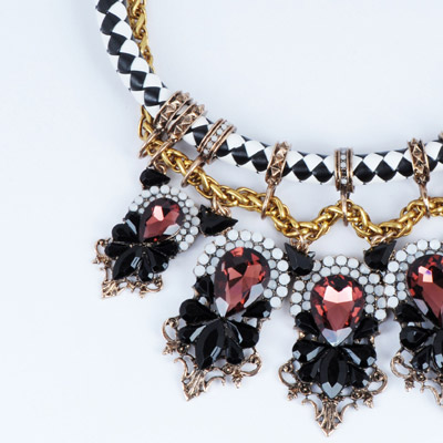 Black & Claret red Waterdrop Shape Necklace