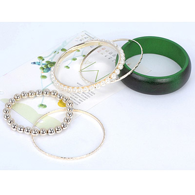 Dark Green Pearl Multilayer Bangle