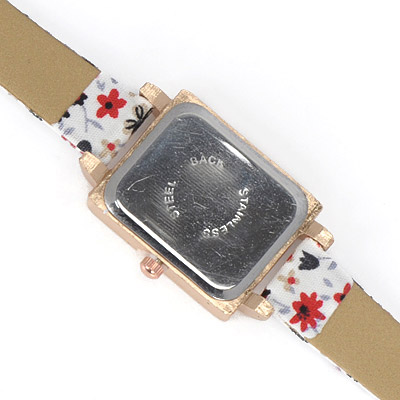 White Diamond Flower Pattern Electronic Elements