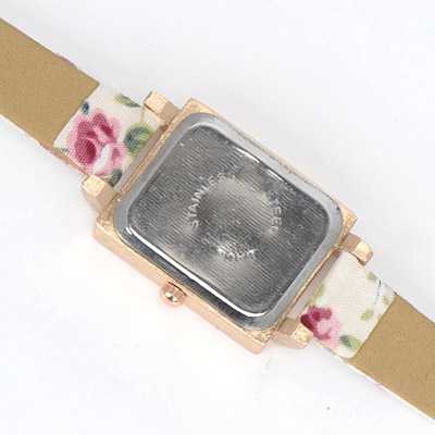 Beige Diamond Flower Pattern Electronic Elements