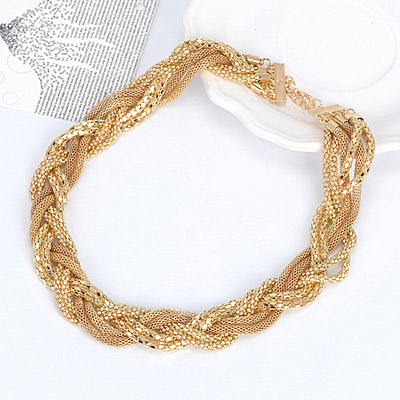 Gold Metal Weave Necklace