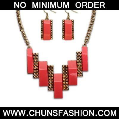 Red Geometric Double Jewelry Set