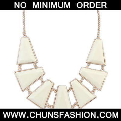 Beige Seven Geometric Shape Necklace