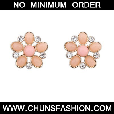 Pink Hollow Out Flower Shape Stud Earring