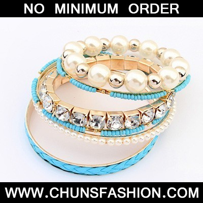 Blue Diamond Pearl Multilayer Bangle