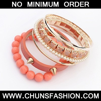 Peach Red Rivet Punk Style Bangle