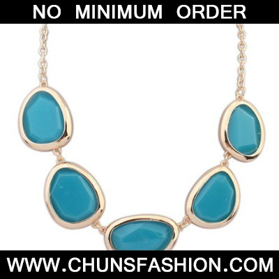 blue oval shape Necklace