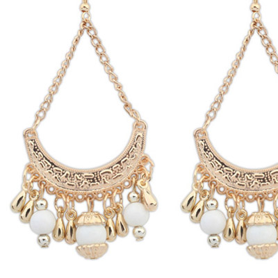 White Tassel Curve Shape Earring