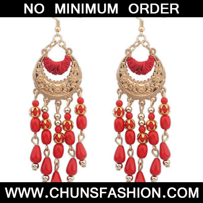 Red Tassel Crescent Shape Earring