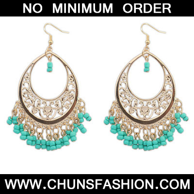 Green Bead Tassel Hollow Out Earring