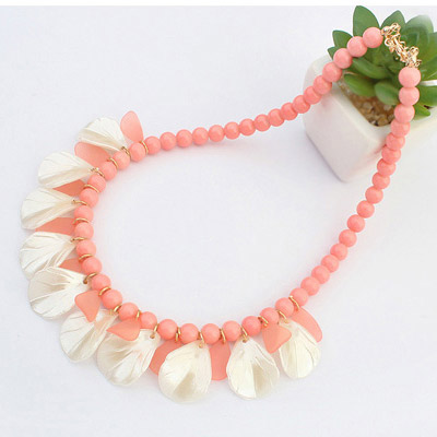Beads Leaf Shape Necklace