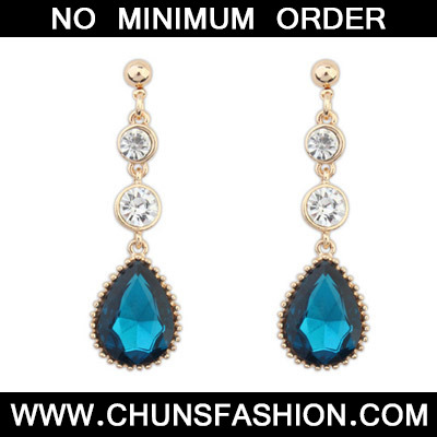 Sapphire Blue Diamond Waterdrop Shape Earring