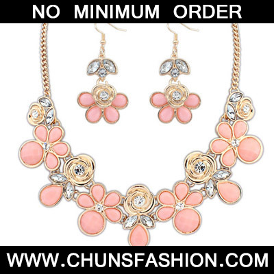 Pink Rose Shape Jewelry Set