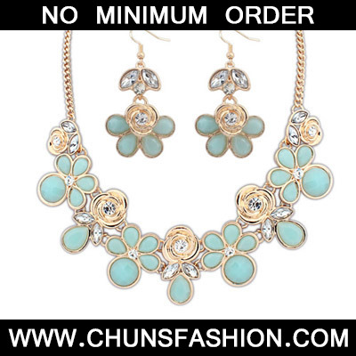 Light Blue Rose Shape Jewelry Set