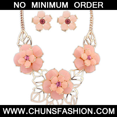 Pink Flower Jewelry Set