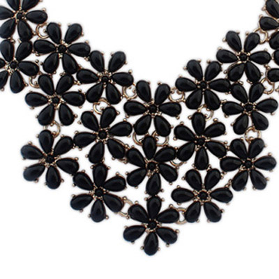 Black Flower Shape Jewelry Set