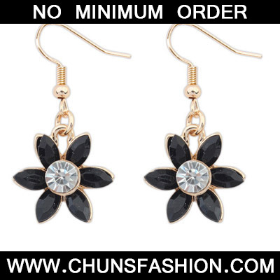 Black Diamond Flower Earring