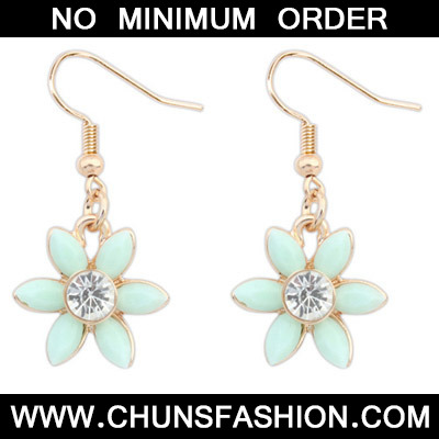 Light Green Diamond Flower Earring