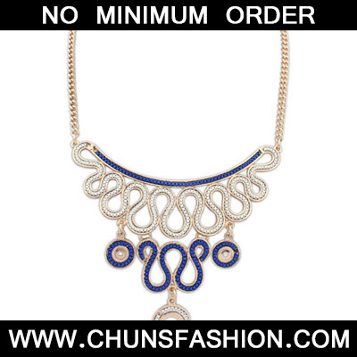 Blue Diamond Geometrical Pendant Necklace