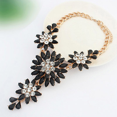Diamond Large Flower Necklace